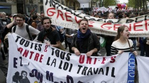 2016-05-17t121509z_1791150781_lr1ec5h0y0yrk_rtrmadp_3_france-politics-protests