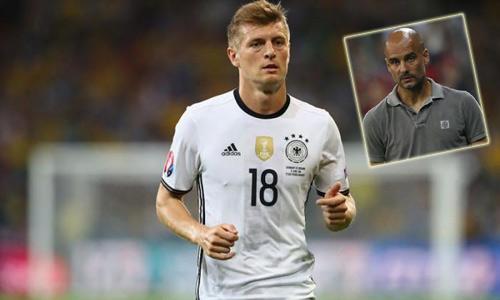 Pep rất muốn có Kroos dù phải chi tới 50 triệu bảng