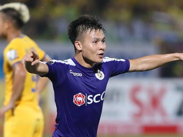Hà Nội trở lại ngôi vị đầu bảng V-League