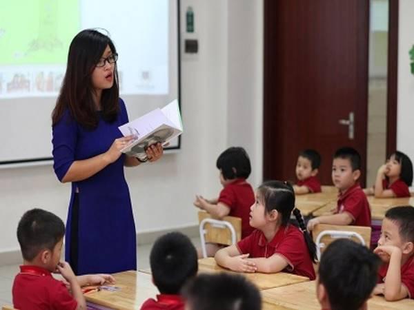 Mơ thấy cô giáo là điềm báo gì may mắn không?