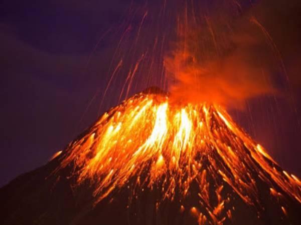 Mơ thấy núi lửa đánh số nào? Mộng thấy núi lửa là điềm gì