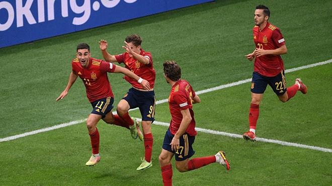 KQBD Ý 1-2 Tây Ban Nha: Ferran Torres lập cú đúp ở bán kết Nations League